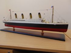 RMS TITANIC HIGHLY DETAILED WOOD SCALE MODEL Approx 100 cms long