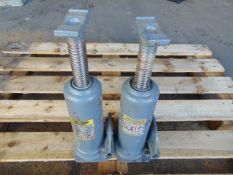 Q 2 Weber 10 Tonne Hydraulic Jacks