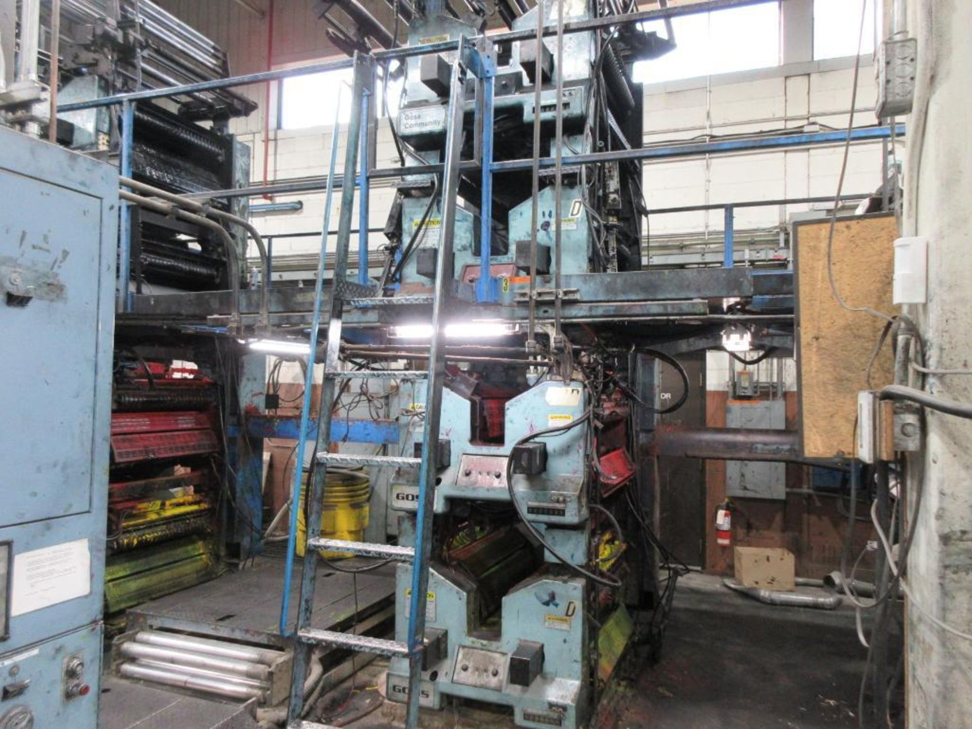 "Complete Goss/Ventura 22.75"" cut off 50 unit web offset press featuring: Ventura 30 4 high (0), Vent - Image 9 of 58"