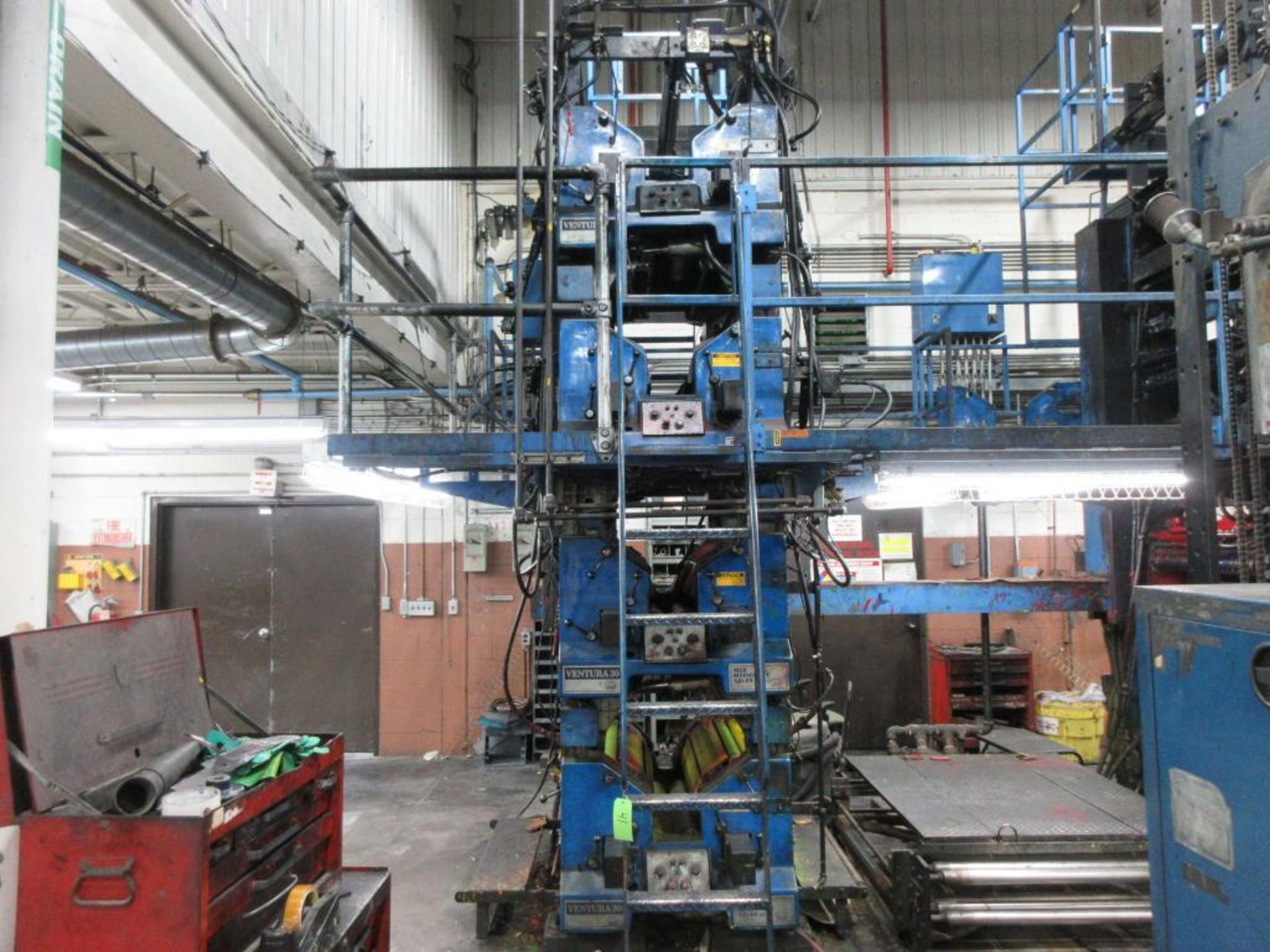 "Complete Goss/Ventura 22.75"" cut off 50 unit web offset press featuring: Ventura 30 4 high (0), Vent - Image 4 of 58"