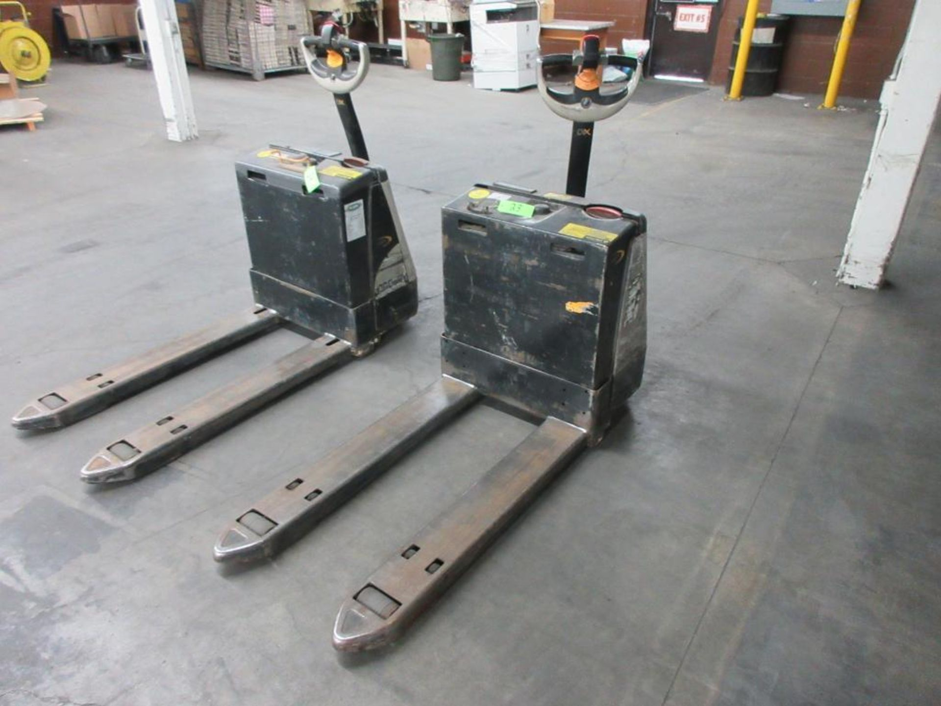 "Crown 4,500 lb capacity electric walkie model WP2335-45, 45"" forks sn 5A367138"