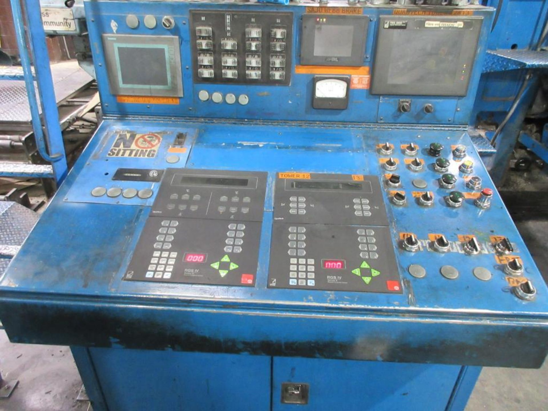 "Complete Goss/Ventura 22.75"" cut off 50 unit web offset press featuring: Ventura 30 4 high (0), Vent - Image 31 of 58"