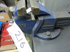 A RECORD No. 3 100mm Jaws Bench Vice