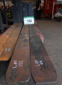 A Pair of FEMA Class 4 Forks, Size 150mm x 60mm, Fork Length 2000mm (Unused)