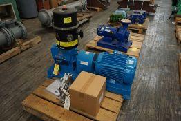Kinney Contrifugal Vacuum Pump|Model No. KD30A; 1.5 HP; 230/460V; 580 RPM; Includes: (4) 1-Gallon Ki
