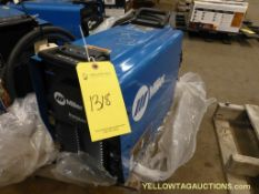 Miller Invision Auto Line 352 MPA Welding Machine | Model No. 907431; 11.2-13.6A; 208/578V; 50/60Hz