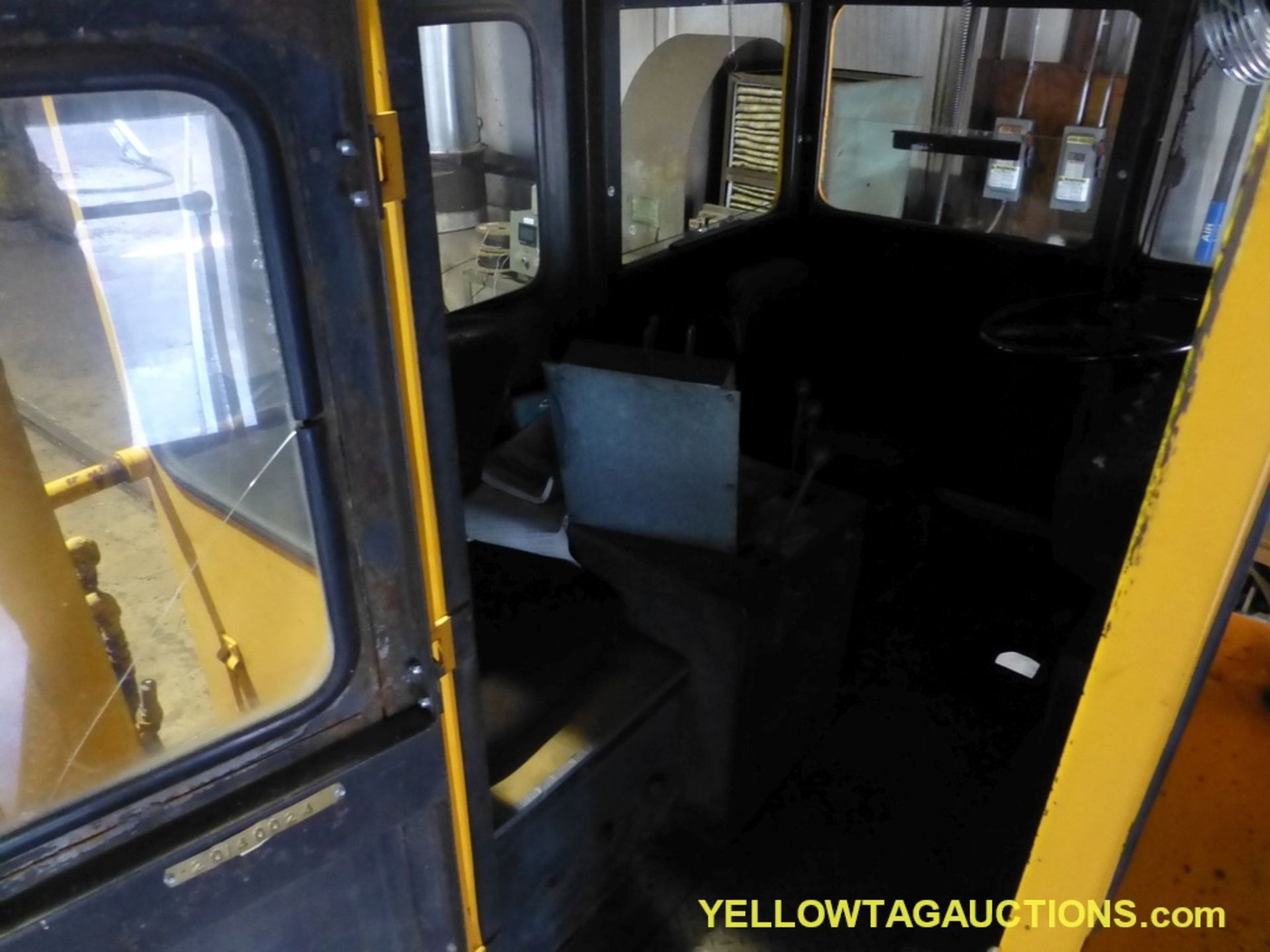 Track Mobile Rail Car Mover | Model No. 7TM; Bad Tie Rod - Image 5 of 42