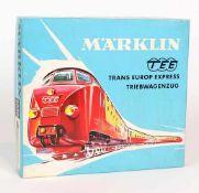 ZUGPACKUNG, Hersteller Märklin/ Göppingen, 1970er-Jahre, TEE-Triebwagenzug, Nr. 3070, Spur H0, orig.