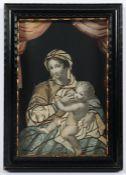 KLOSTERARBEIT, Mutter mit Kind aus Stoff und koloriertem Stich auf Pappe appliziert, Holzrahmen,