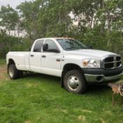 2008 White 3500 Dodge Ram Dually, 71500Km, 6 Speed Man Trans/5.7 Litre Hemi , :