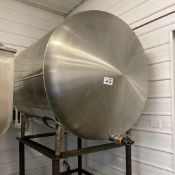 Stainless Steel Bulk Tank with Stand, 700 Gallons