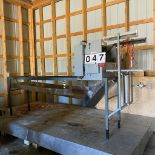 Alberta Uncapper, Flail Type, Drip Pan, On Platform, Auto feeder, Chain Driven, Air Duct Deboxer