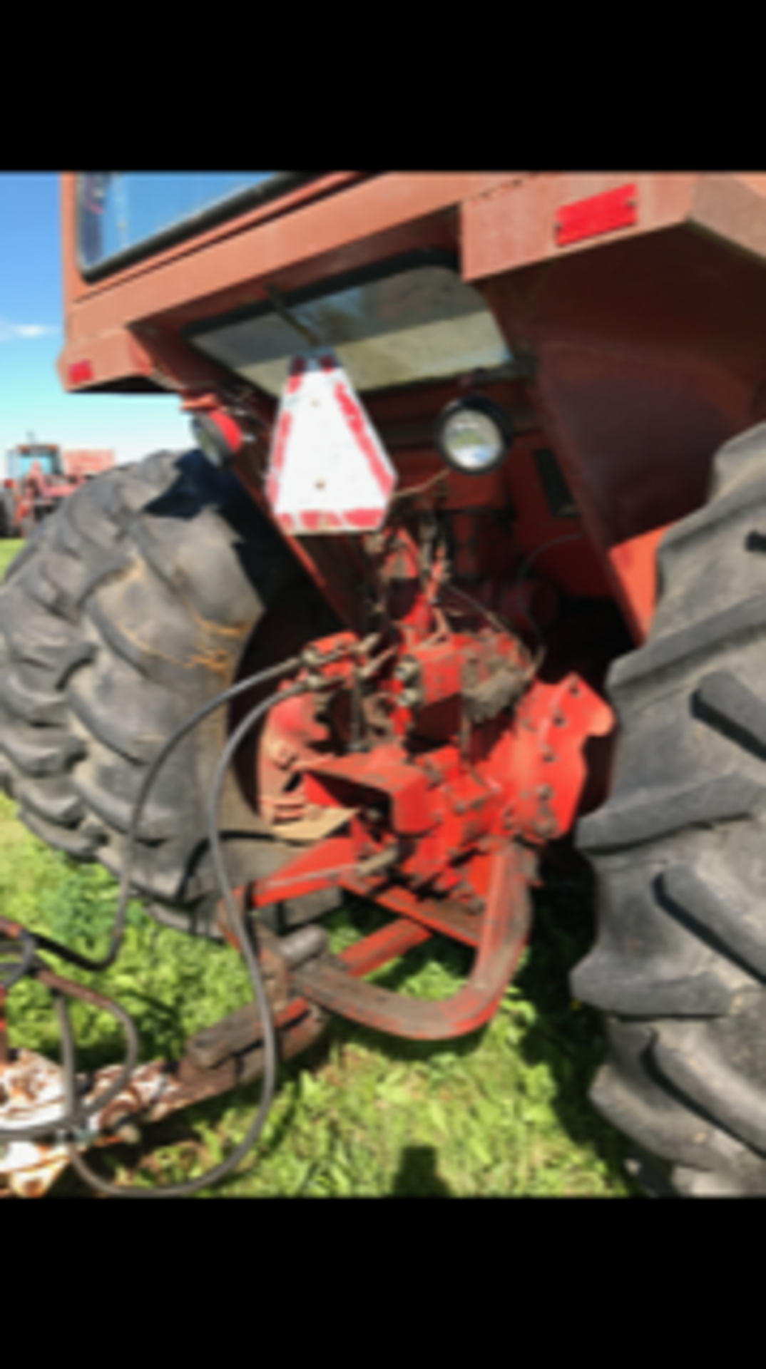 IHC 1466 Tractor, cab,540 - 1000 pto, 6979 hrs. showing sn:2650134U030334 - Image 5 of 5