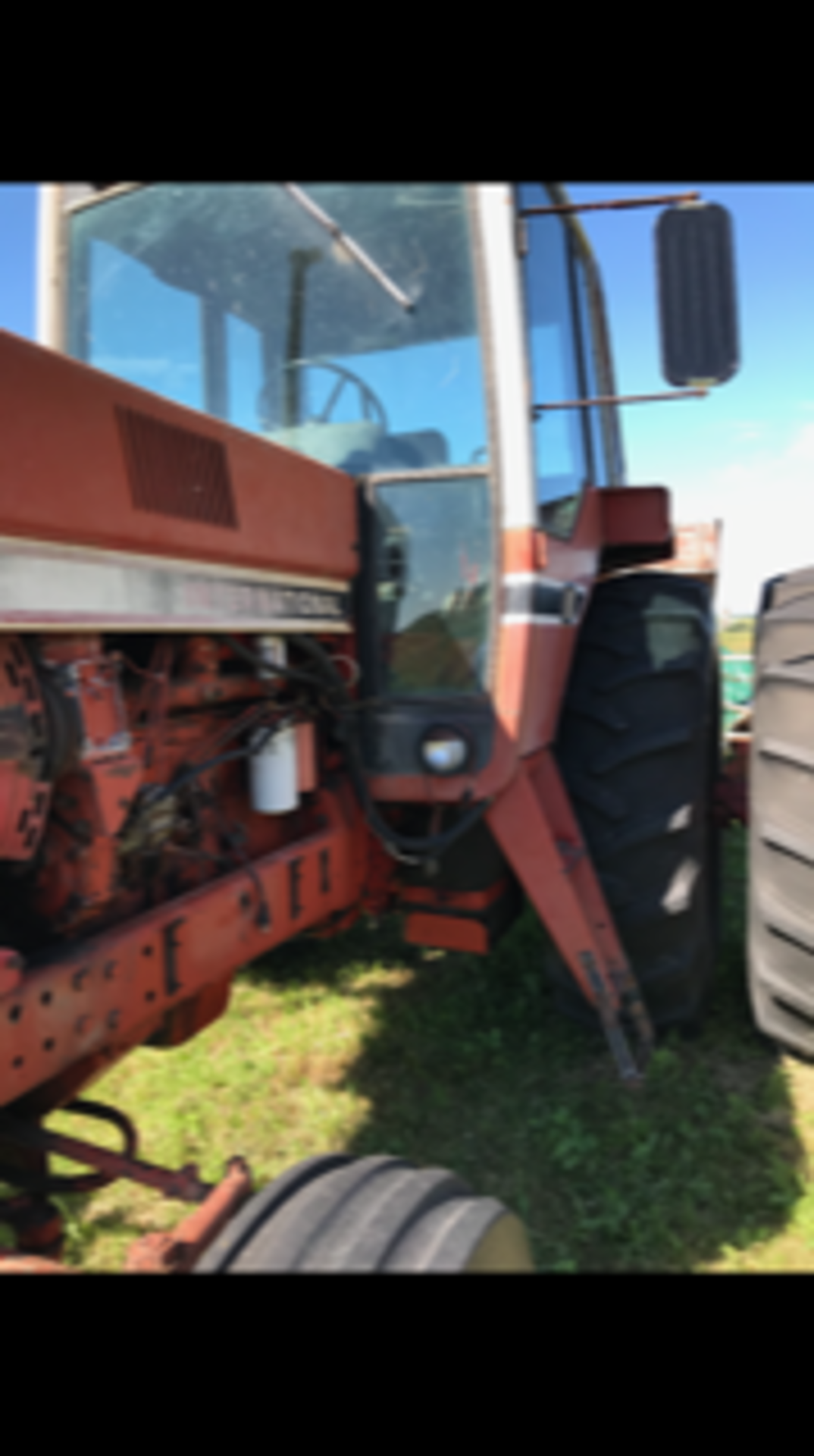 IHC 1466 Tractor, cab,540 - 1000 pto, 6979 hrs. showing sn:2650134U030334 - Image 3 of 5