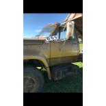 1976 Dodge 600, 3 ton truck , box, hoist, roll tarp 54127 miles, sn: D61FK6J00013