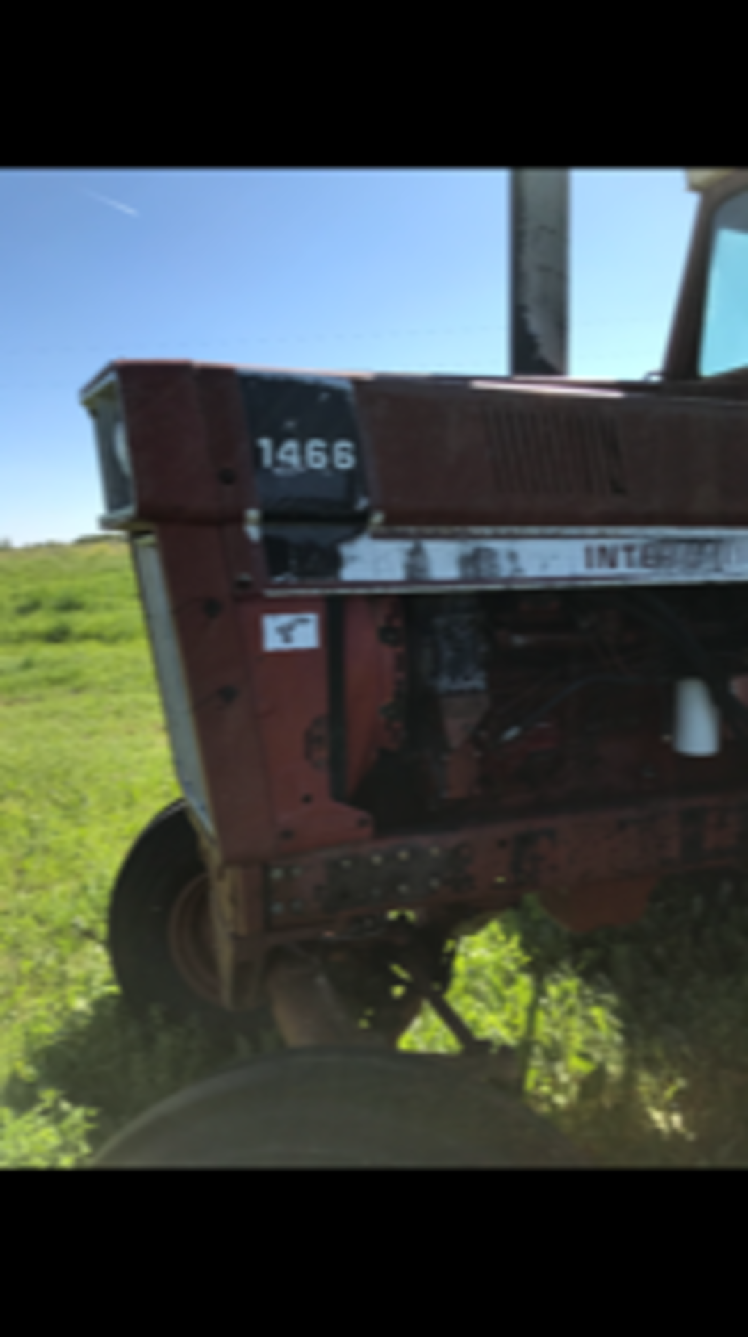 IHC 1466 Tractor, cab,540 - 1000 pto, 6979 hrs. showing sn:2650134U030334 - Image 2 of 5