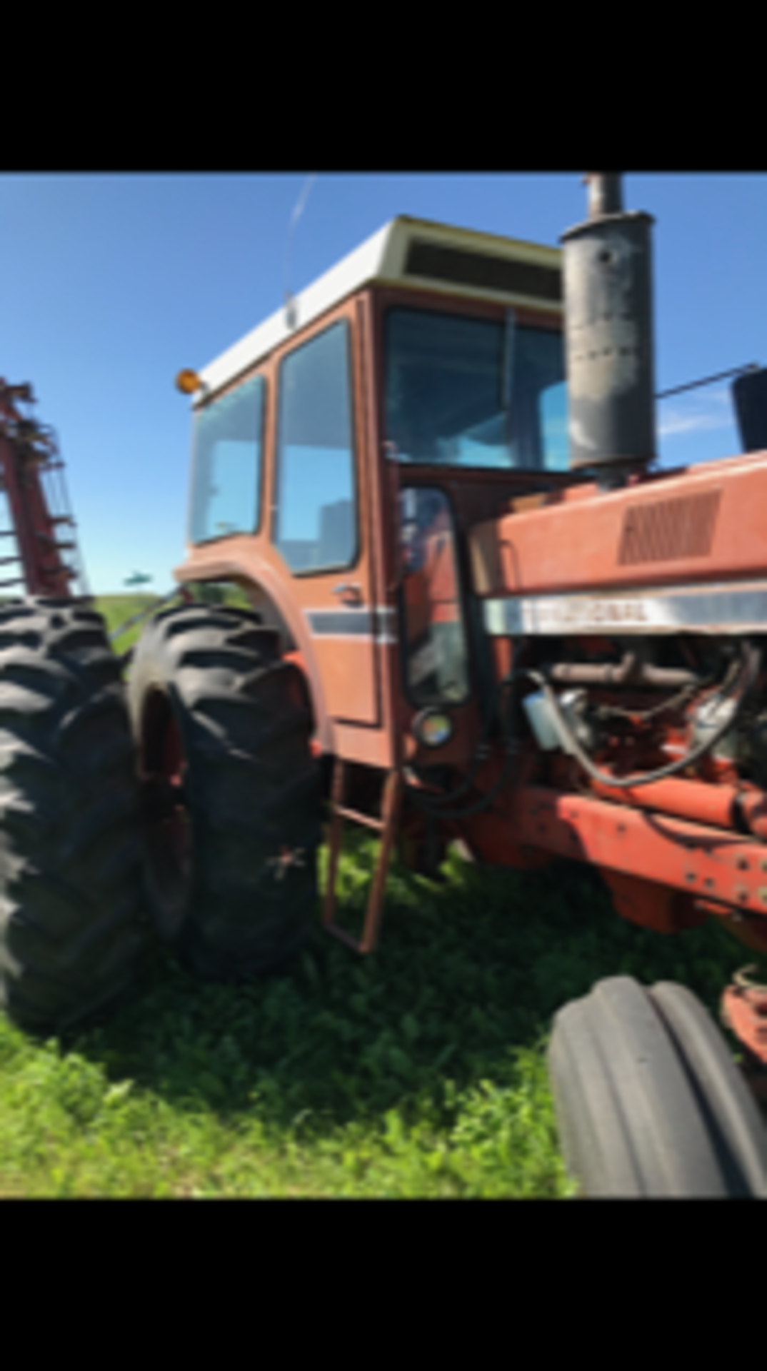 IHC 1466 Tractor, cab,540 - 1000 pto, 6979 hrs. showing sn:2650134U030334 - Image 4 of 5