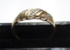 9ct yellow gold ring set with small clear stones Approx 1.7 grams gross, size Q