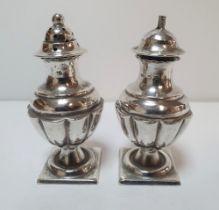 Deacon & Franks of Birmingham 1896, silver salt & pepper (2) 65 grams