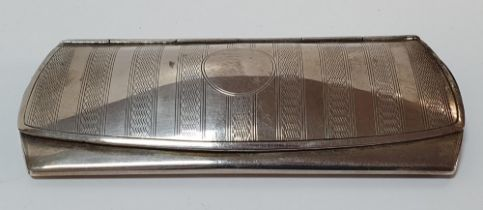 Birmingham silver card or stamp holder in the form of a ladies purse, 70 grams