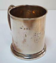 "Small Birmingham 1918 silver tankard, inscribed ""Jim 1919"" (55 grams)"