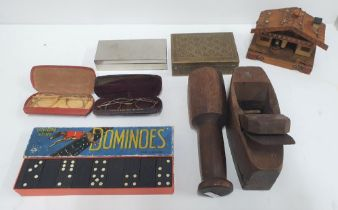 Collection of small antiques and collectables to include to cased pairs of spectacles, an old plain,