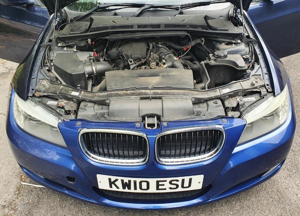 BMW 320d Efficientdynamics, 4 door, 2 litre Diesel in Blue, MOT-Jan 22 134331 miles comes with V5. - Image 6 of 11