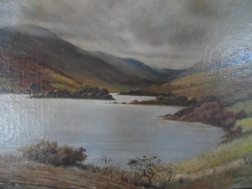 """W H Hutchings 1938 oil on board, """"Highland lake scene"""", signed, thin molded frame, The oil - Image 3 of 6"""