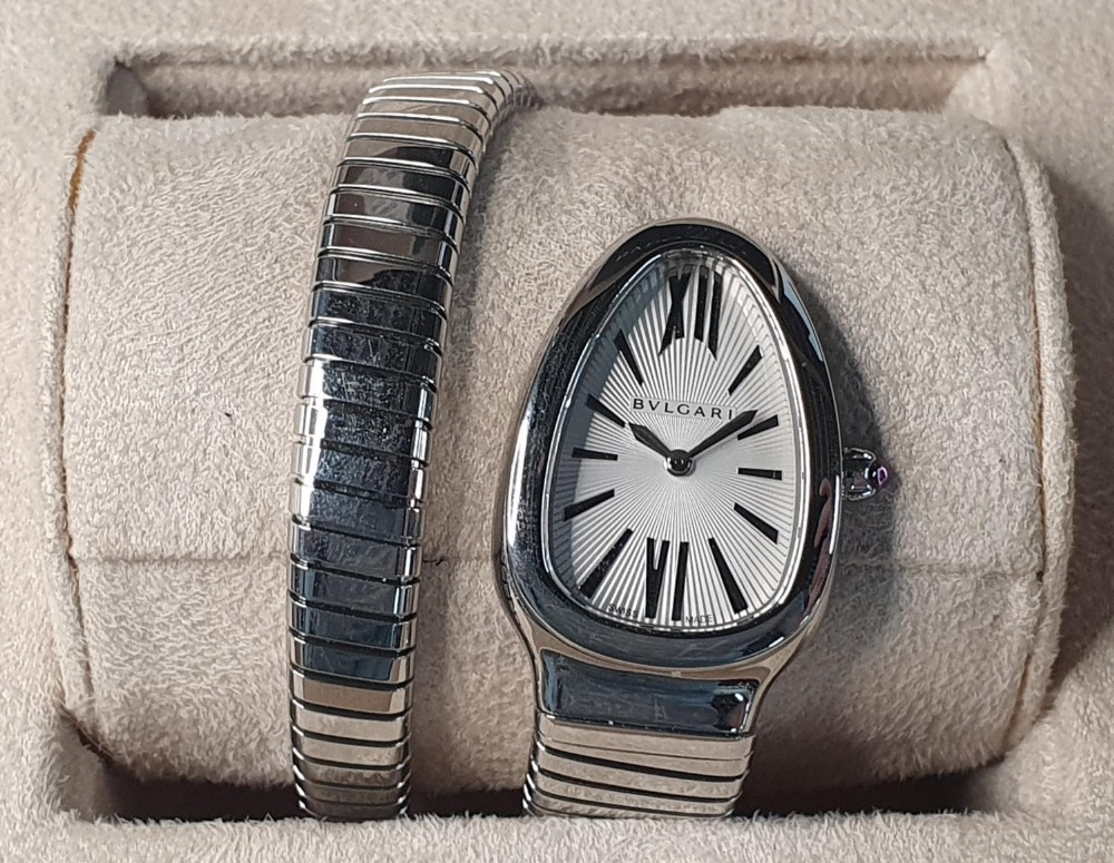 Ladies BULGARI SERPENTI TUBOGAS WATCH, purchased in 2011, complete with box & papers & original - Image 2 of 6