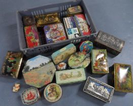 Large collection of 20+vintage tins