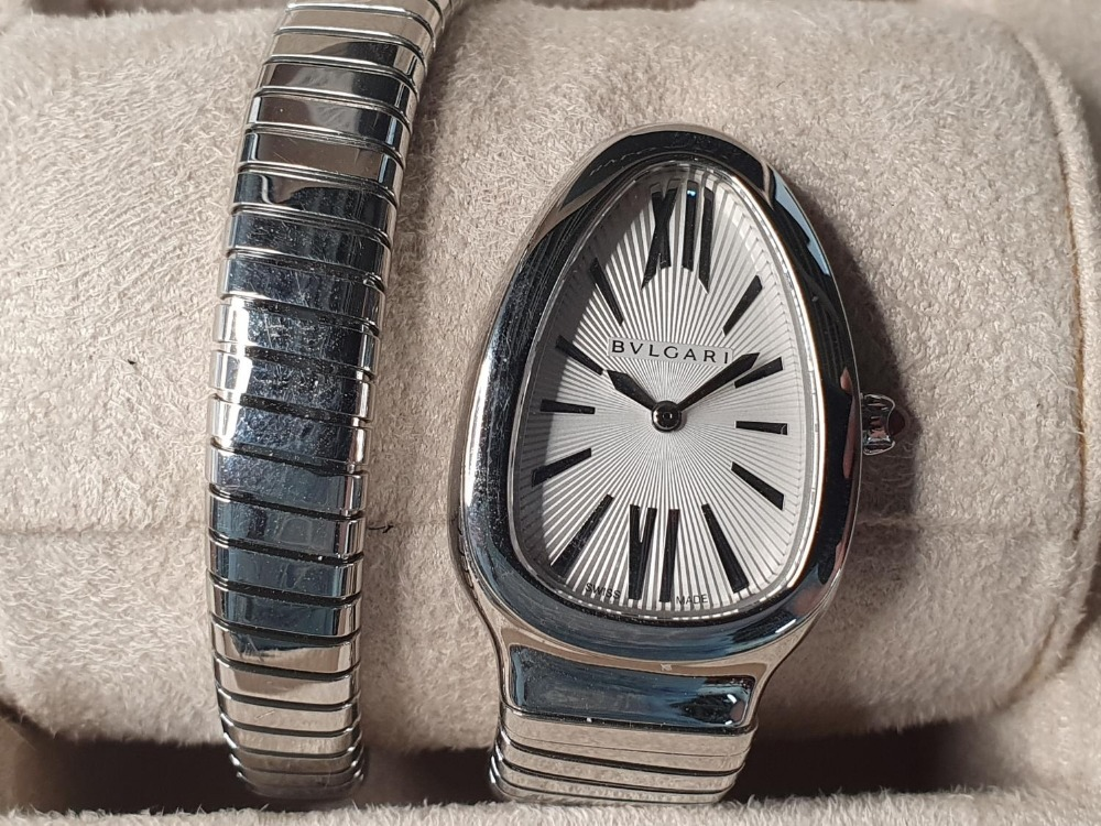 Ladies BULGARI SERPENTI TUBOGAS WATCH, purchased in 2011, complete with box & papers & original - Image 3 of 6