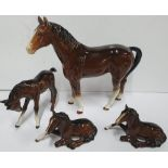 Family of 4 Beswick horses (4), largest 17 x 26 cm, All appear in good condition