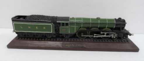 Made from British coal is this hand-painted model of the Flying Scotsman, 30 cm long
