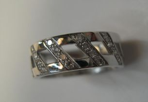 18ct white gold & diamond band ring, Approx 5.1 grams, size K/L
