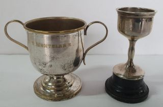 Two small Edwardian silver trophies (2), 93 grams gross