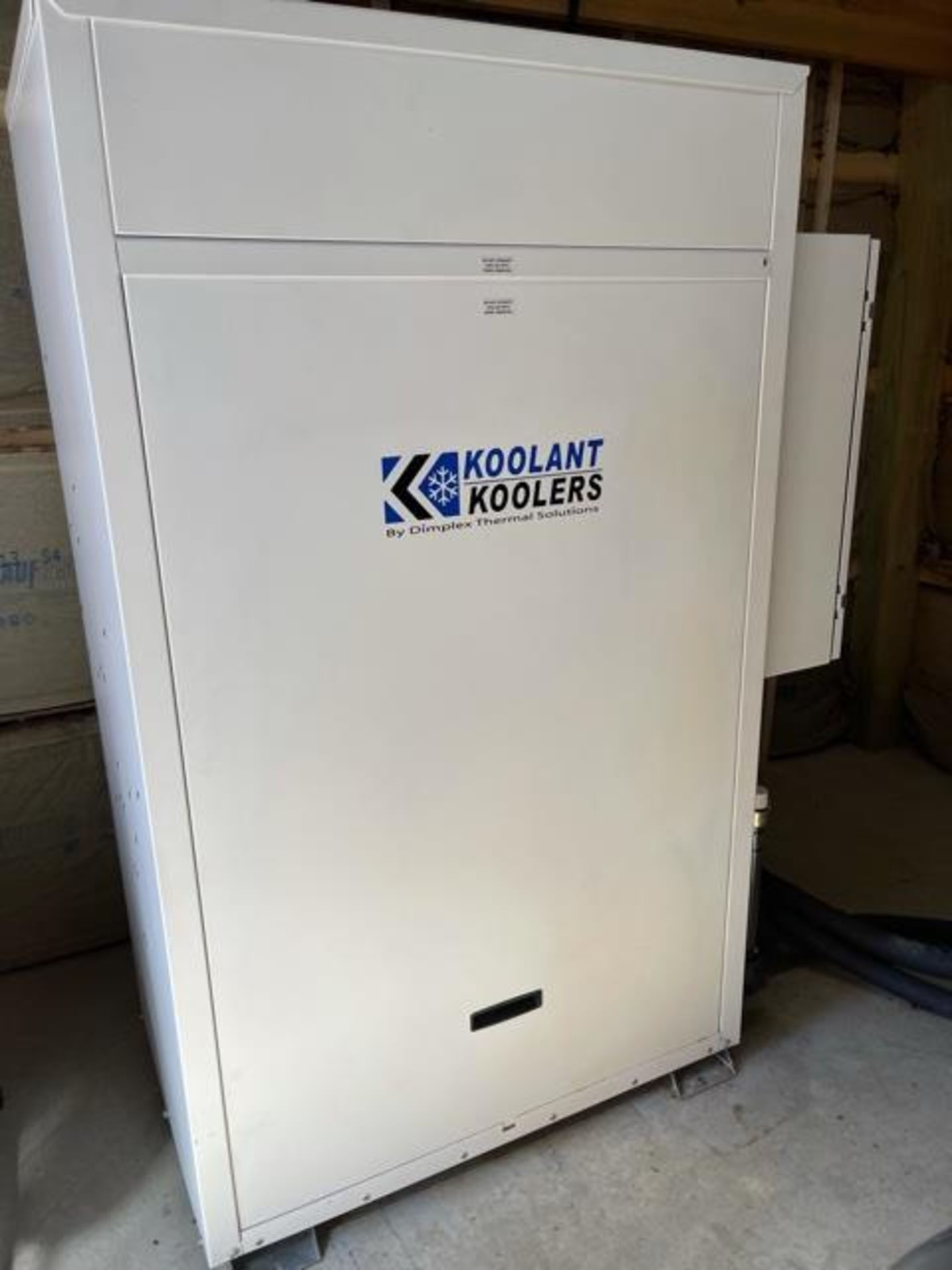 Used - MRX Supercritical CO2 Extractor Complete System. See details in description full inventory - Image 8 of 29