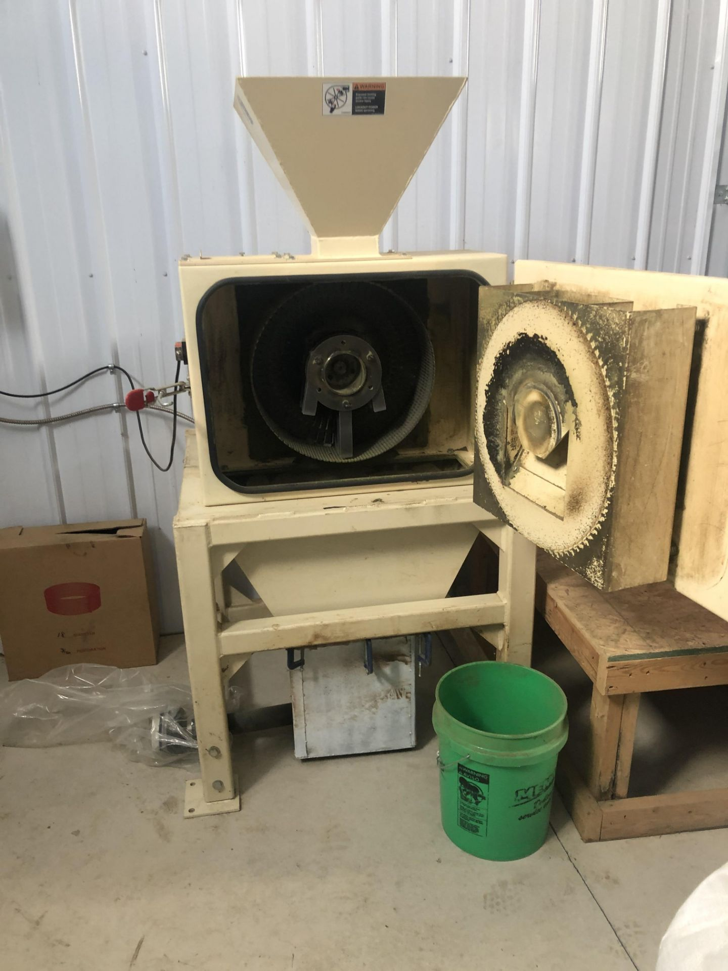 Used - MRX Supercritical CO2 Extractor Complete System. See details in description full inventory - Image 19 of 29
