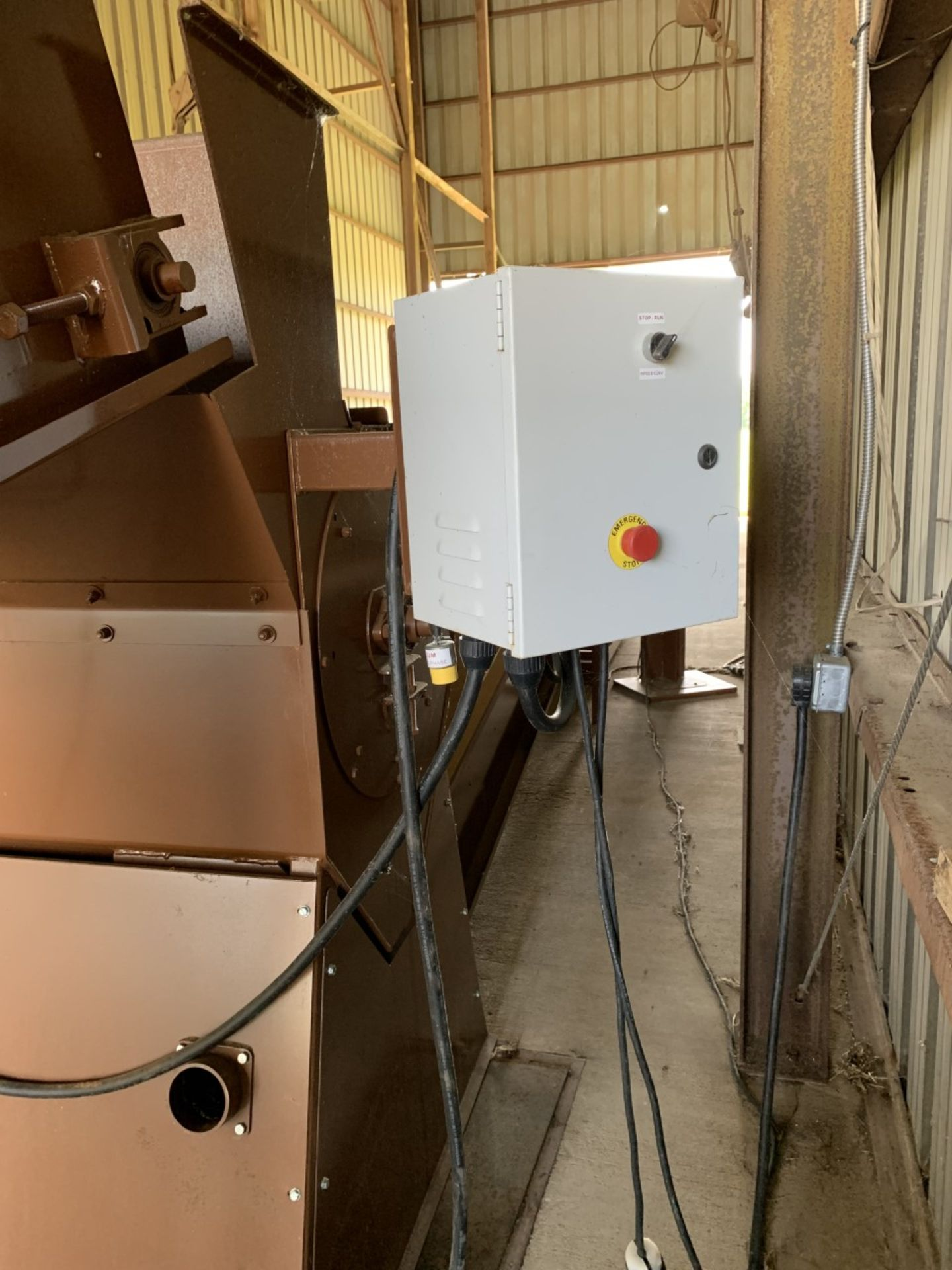 Used Granville Hemp Flower Extractor Includes: Hemp Flower Extractor w/ Vacuum & Conveying System - Image 8 of 17