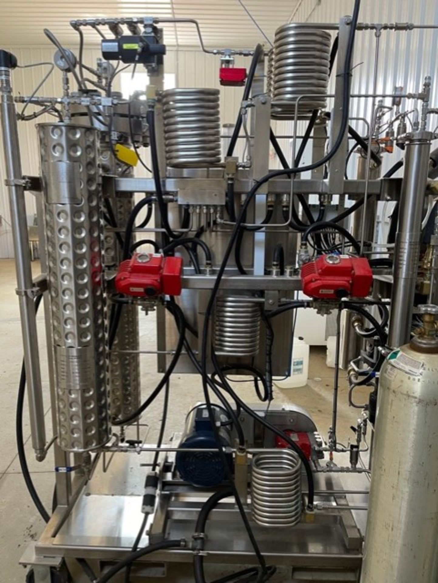 Used - MRX Supercritical CO2 Extractor Complete System. See details in description full inventory - Image 3 of 29
