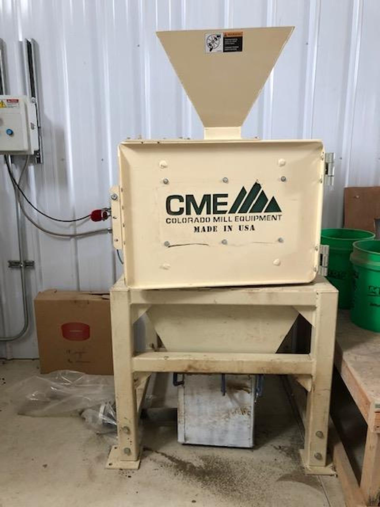 Used - MRX Supercritical CO2 Extractor Complete System. See details in description full inventory - Image 18 of 29