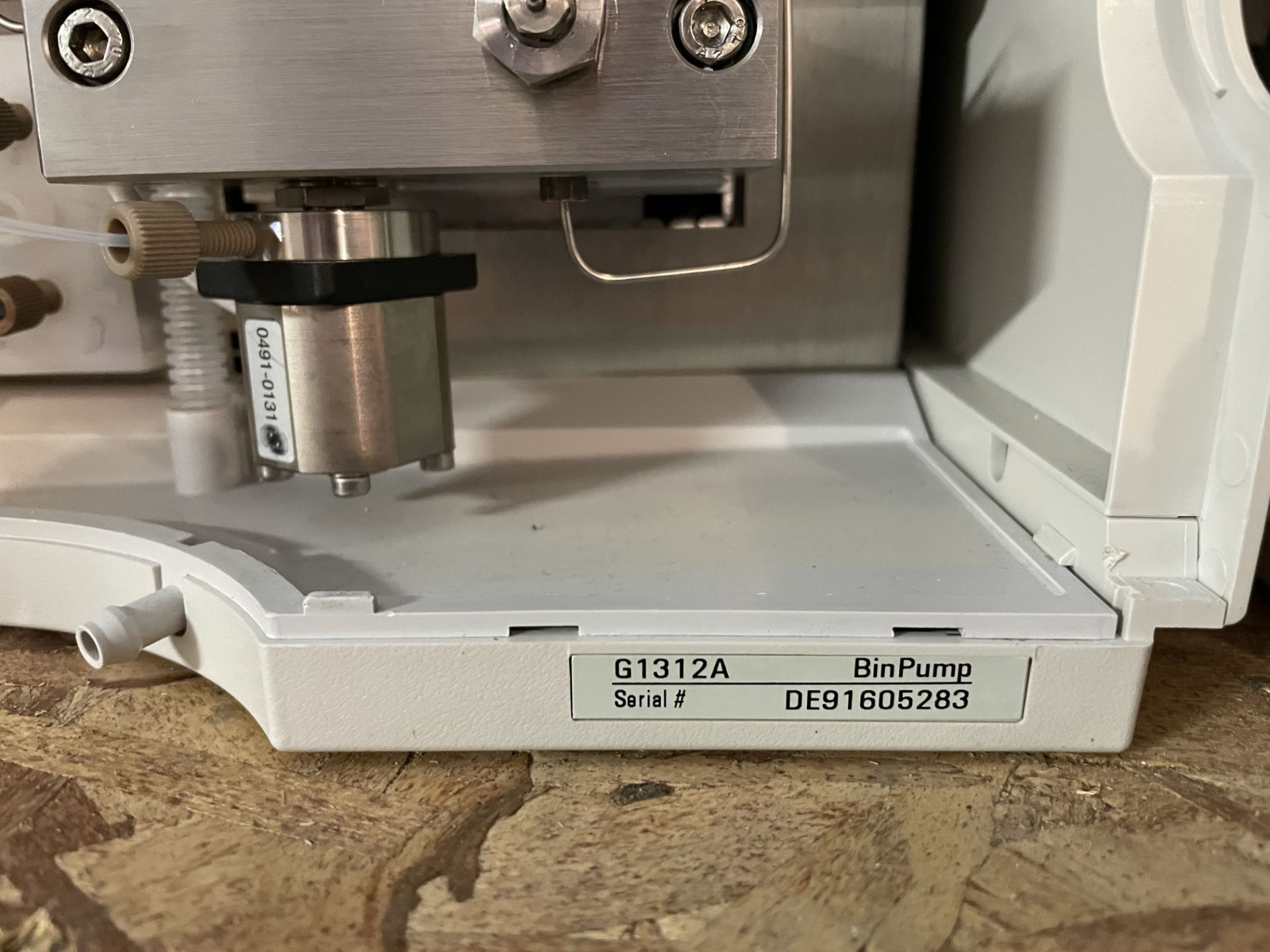 Used Agilent 1100 HPLC. Model 1100. Fully complete & functional cannabinoid potency testing system. - Image 6 of 22
