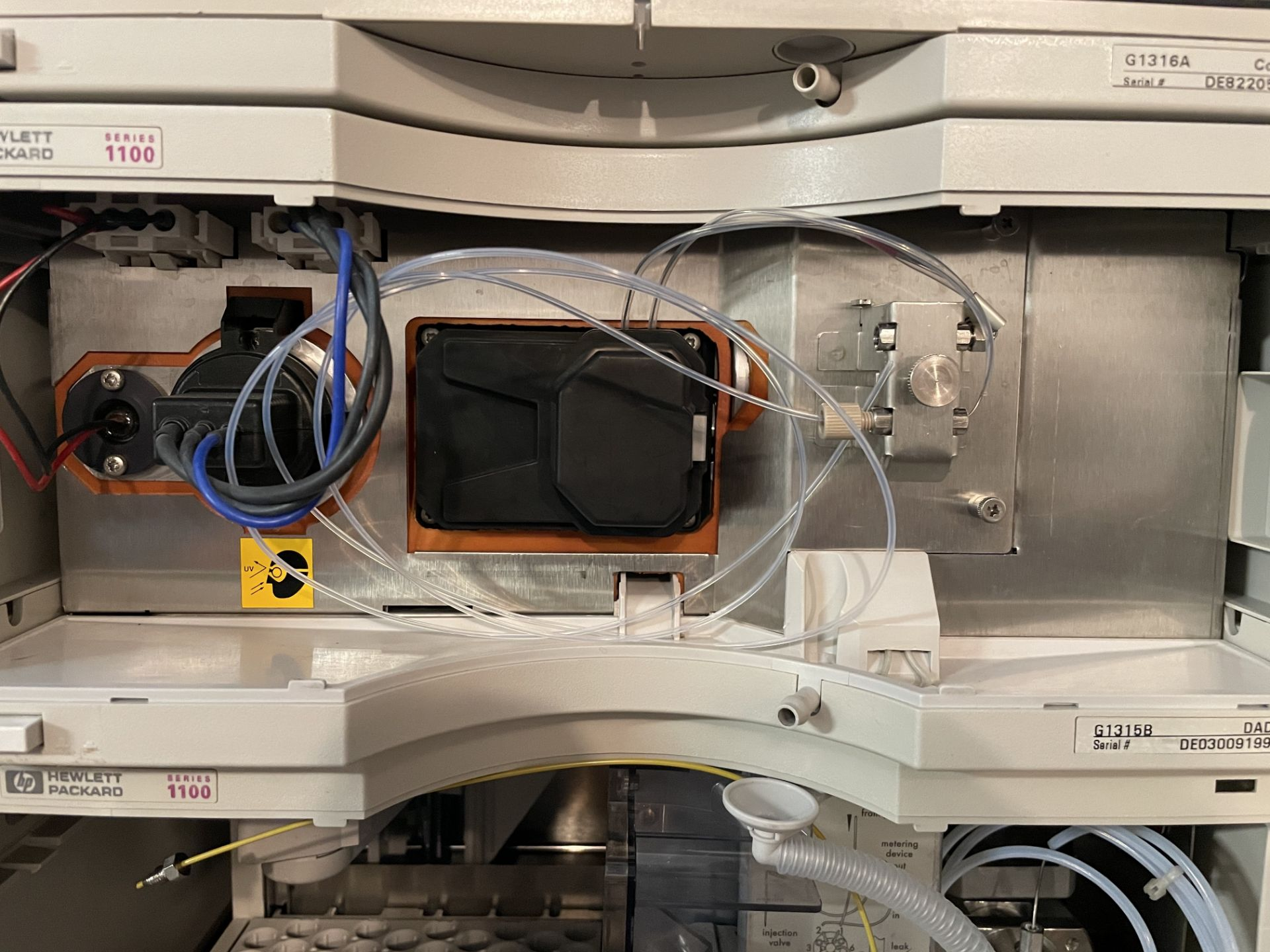 Used Agilent 1100 HPLC. Model 1100. Fully complete & functional cannabinoid potency testing system. - Image 11 of 22