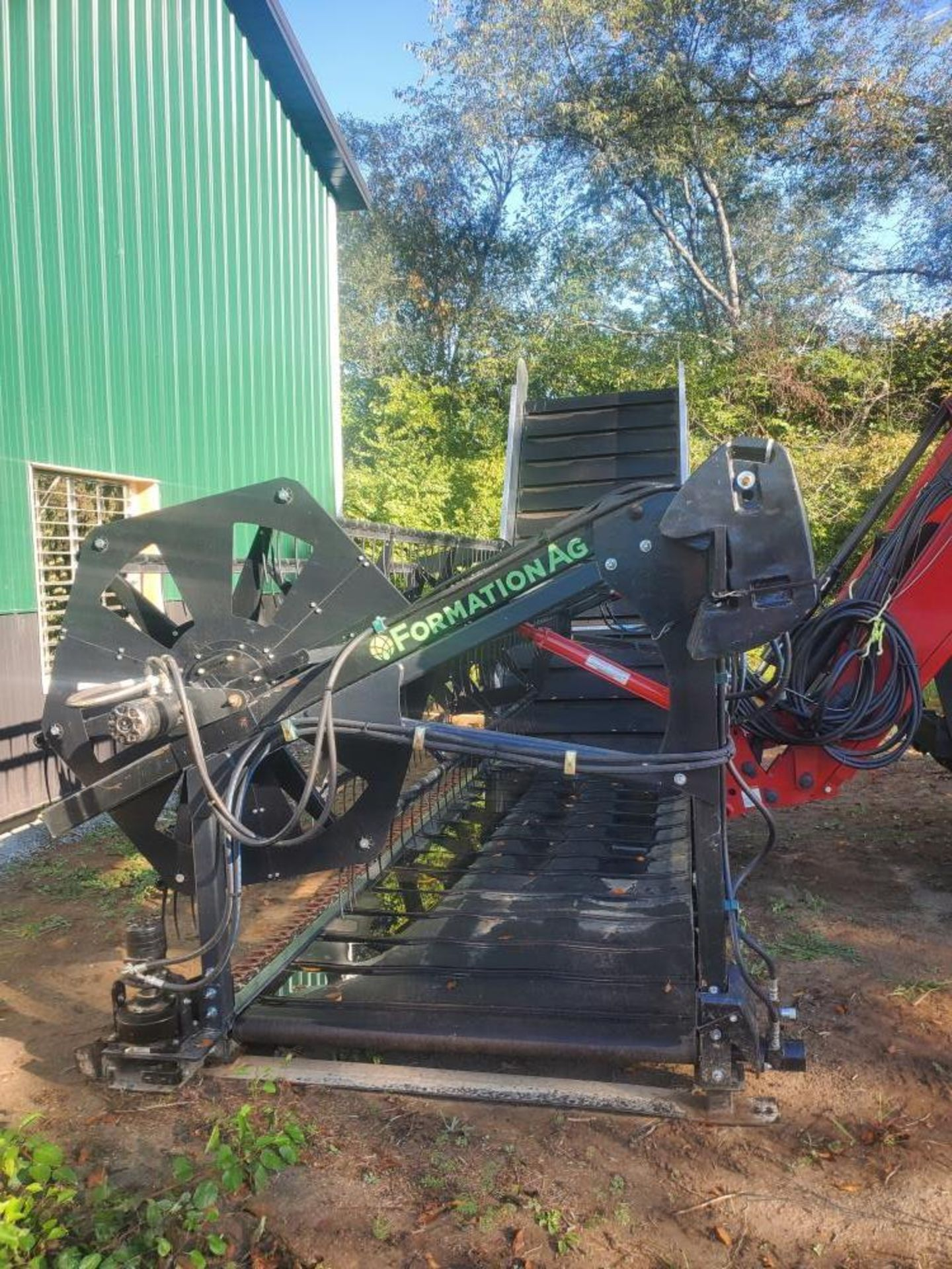 """Used-Formation AG CleanCut Harvester. Model Clean Cut 1550. 15' cutting width, 50"""" belt. - Image 2 of 4"""