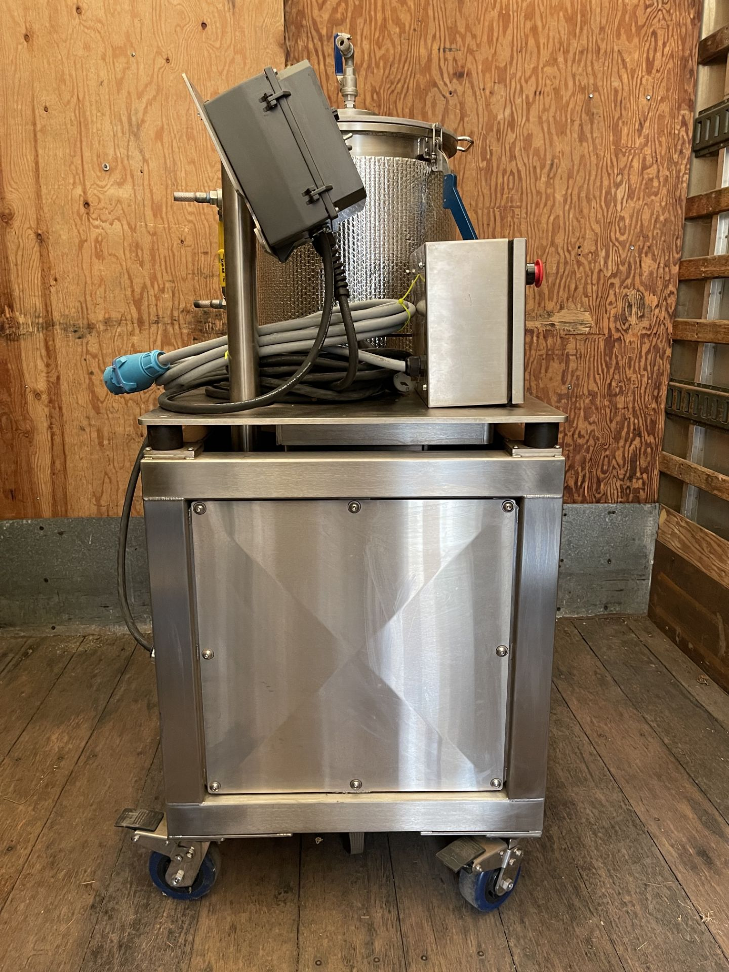 Used- Delta Separations CUP-15 Ethanol Extraction System. Capacity: 8-14 lbs/batch w/ (3) Kegs - Image 11 of 22