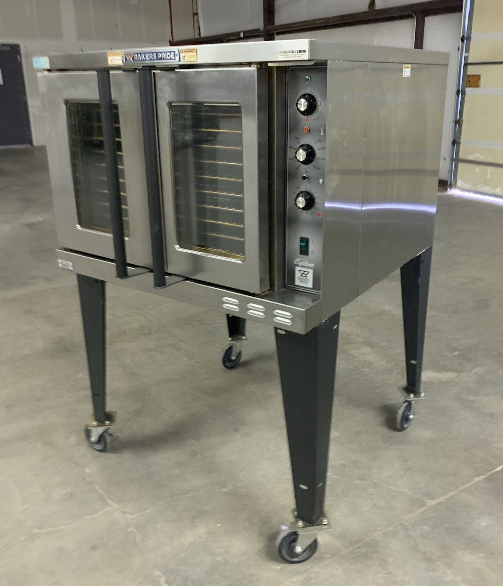 Used Bakers Pride Cyclone Series Single Deck Full Size Electric Decarb Oven. Model BCO-E1w/ 39 trays - Image 5 of 8