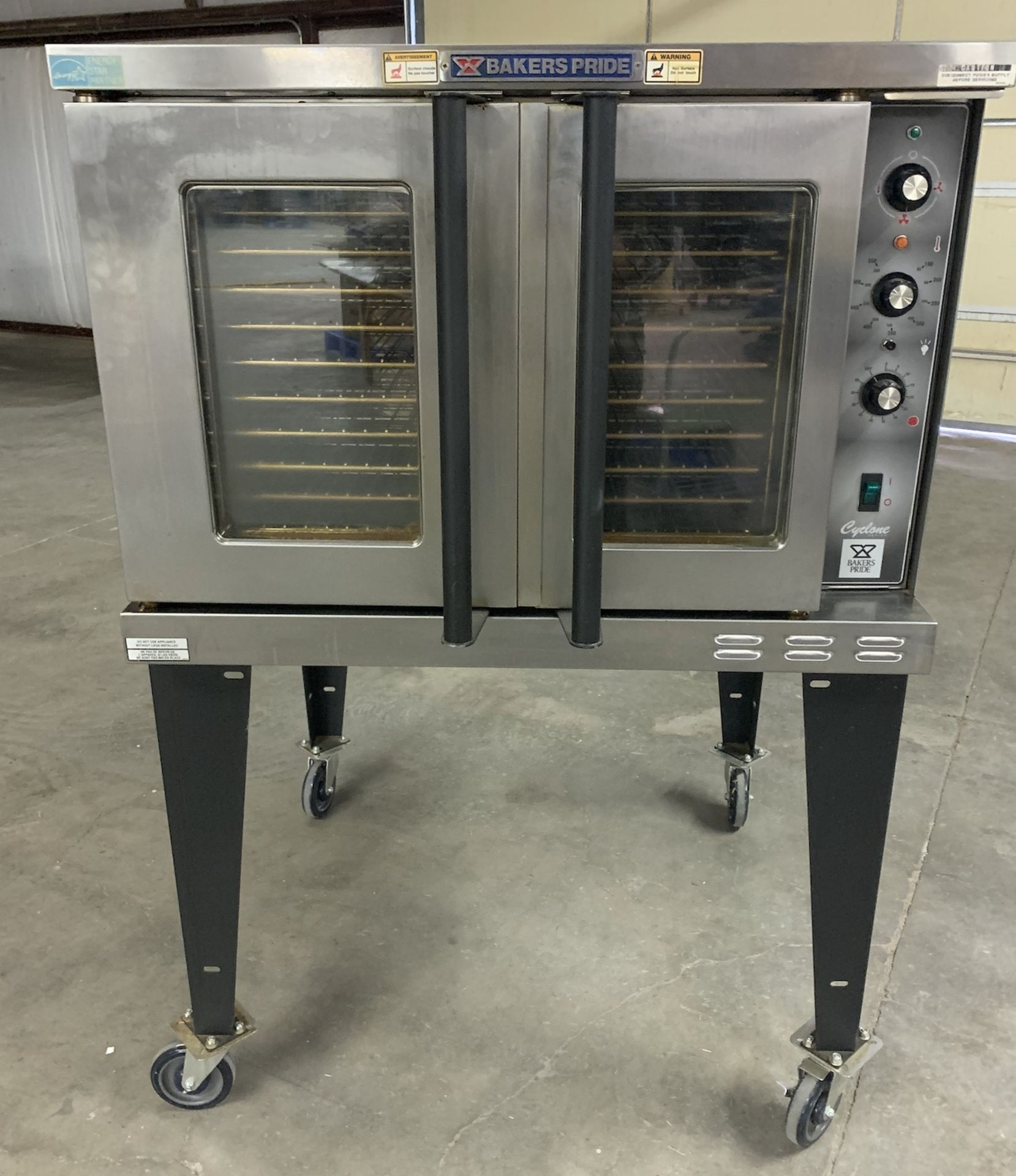 Used Bakers Pride Cyclone Series Single Deck Full Size Electric Decarb Oven. Model BCO-E1w/ 39 trays - Image 3 of 8