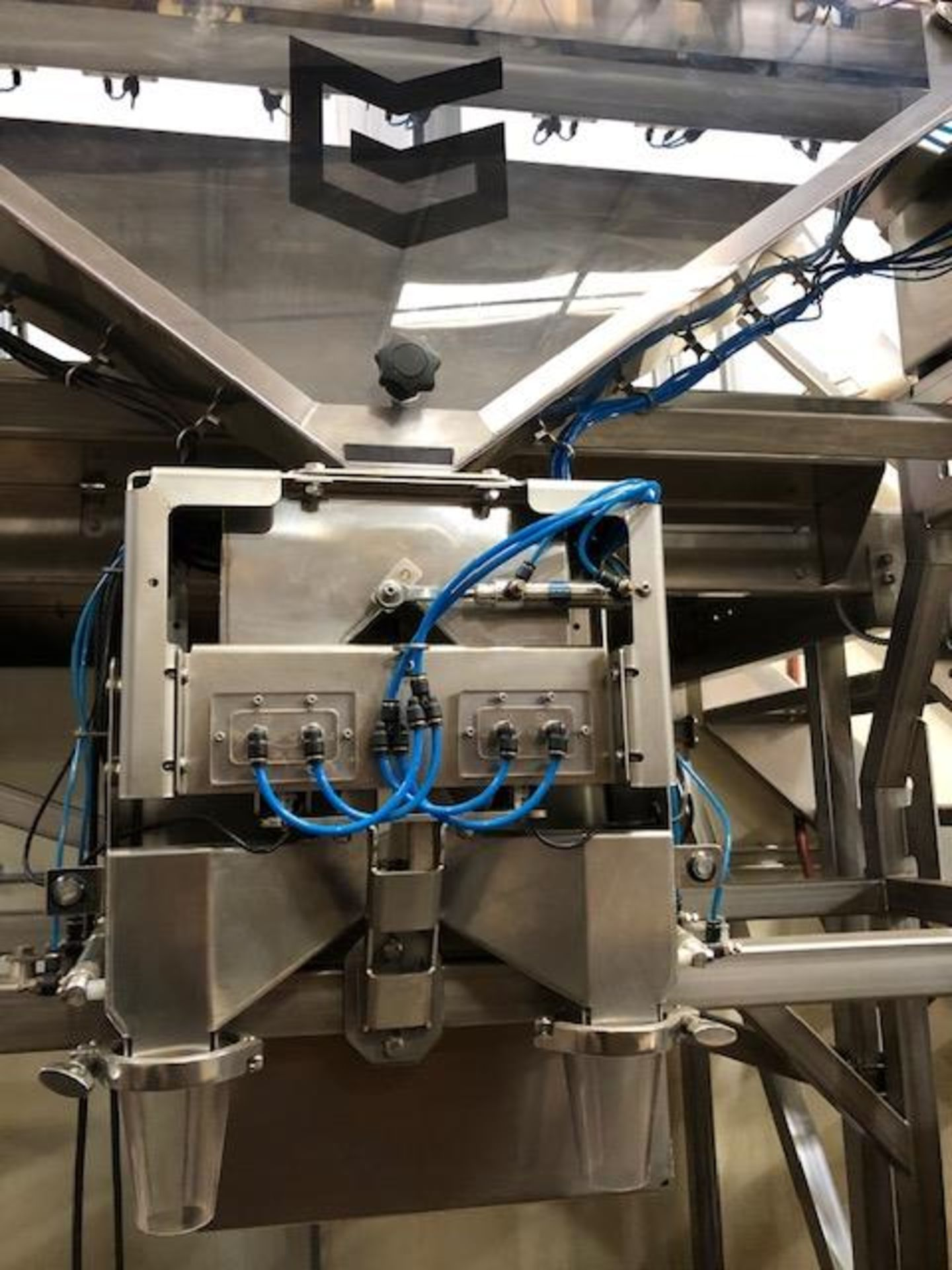 Used-Green Vault Systems Precision Batcher for Batching & Packaging Flower w/ Air Compressor - Image 2 of 23
