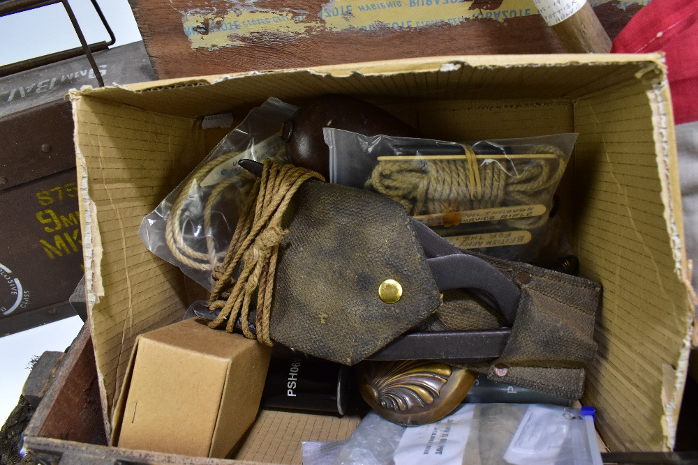 A mixed group of military equipment including entrenching tools, rope pulls, button guards, a - Image 5 of 5
