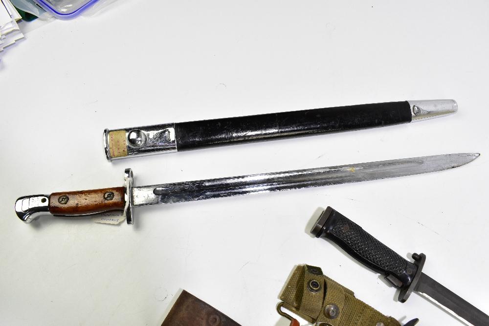 Three bayonets comprising Swedish 1896 Mauser, Sanders of Sheffield 1907 S.M.L.E. R.A.F. dress - Image 4 of 4