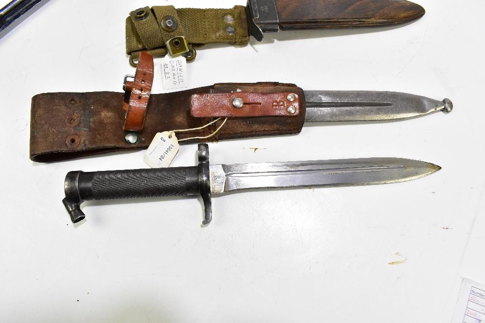Three bayonets comprising Swedish 1896 Mauser, Sanders of Sheffield 1907 S.M.L.E. R.A.F. dress - Image 2 of 4